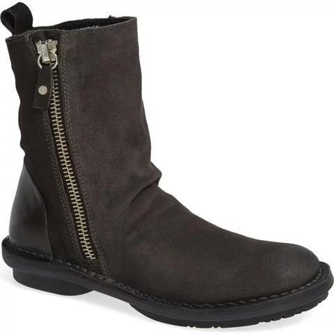 Women's suede retro booties