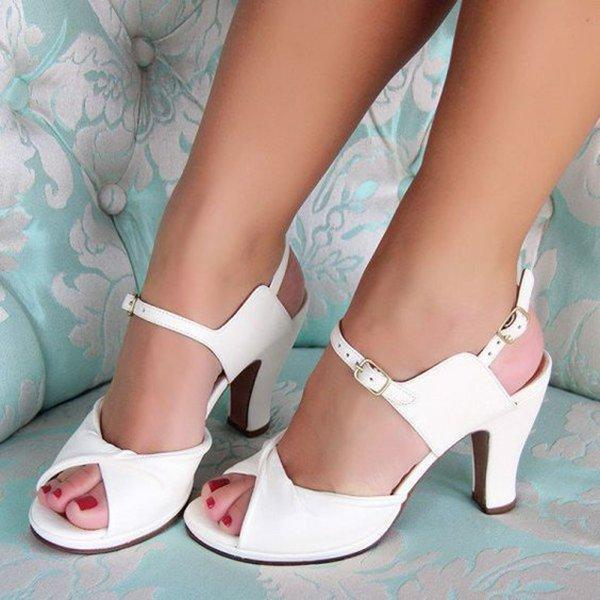 PLUS SIZE COLOR BLOCK CHUNKY HEEL TWISTED SANDALS