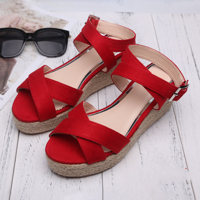 2020 New And Fashional Woman Chunky Summer Sandals