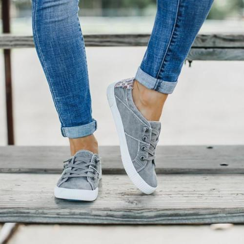 Women Flat Heel Canvas Sneakers