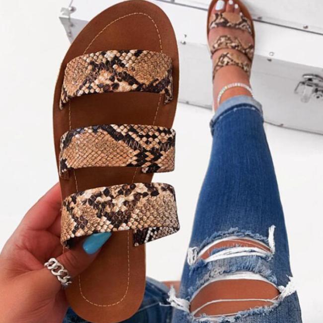 2020 New Fashion Woman Snake Skin Flat Sandals