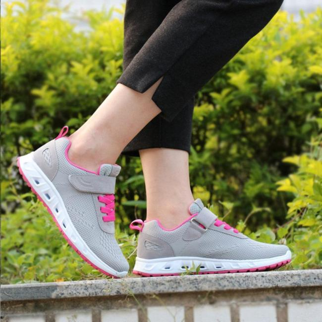 Mesh Wearable Walking Casual Athletic Shoes