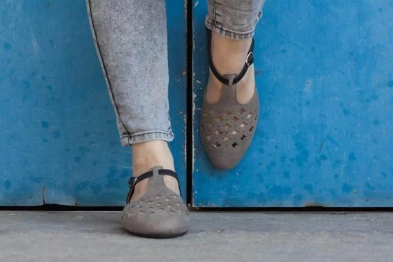 Women Sandals Flats Cutout Hollow Sandals Summer Shoes