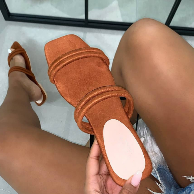 2020 New Fashion Woman Summer Beach Sandals