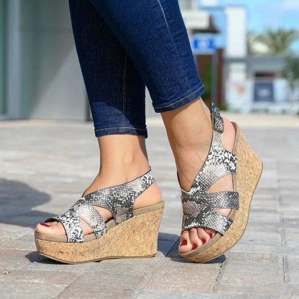 New Women's Fashion High Heels Platform Vinatge Sandals