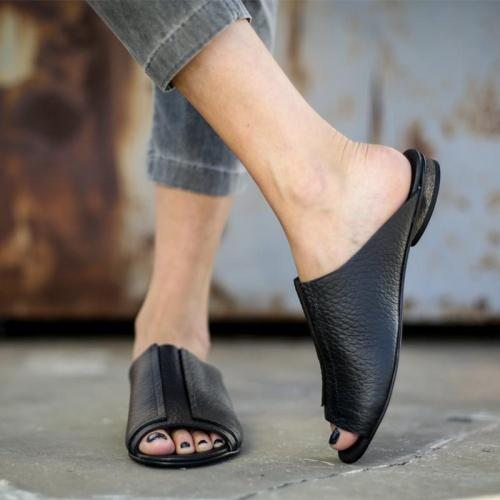 Chic Plain Black Split Joint Flat Slippers