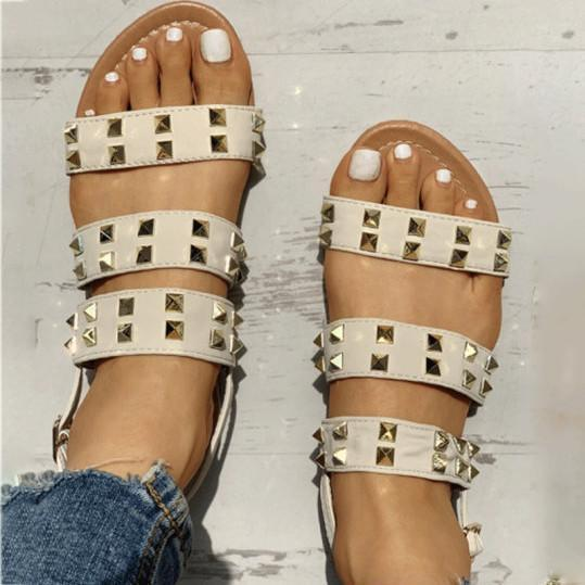 Casual simple rivet sandals