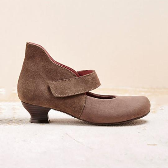 Vintage Women Square Toe Cross Tie Mid Heel Shoes