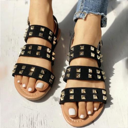 Casual simple rivet sandals