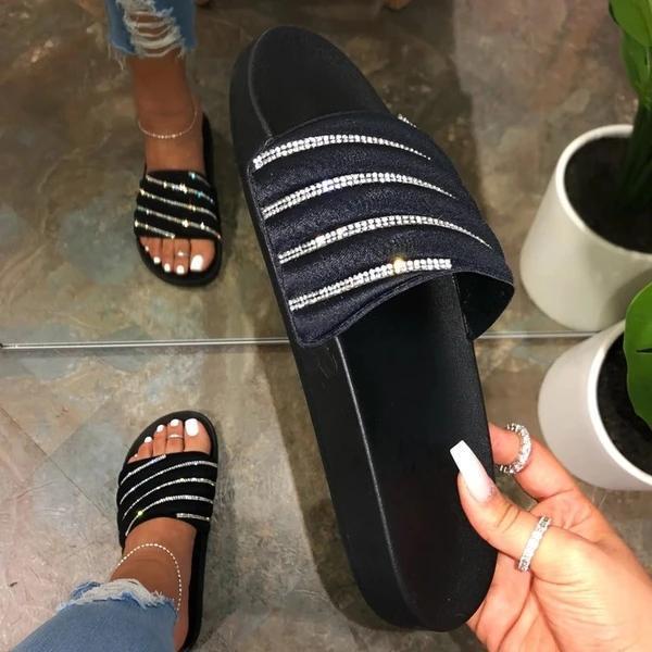 Flat With Rhinestone Flip Flop Slip-On Summer Slippers