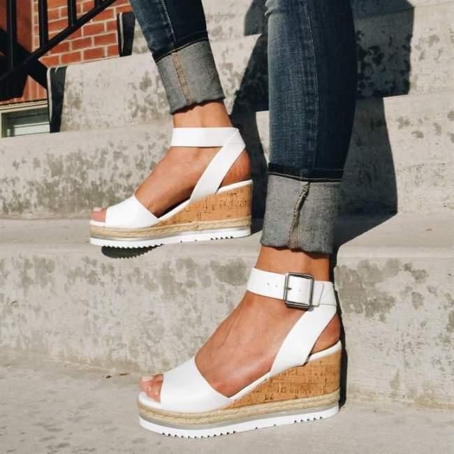 Women Open Toe Low Heel Holiday Sandals