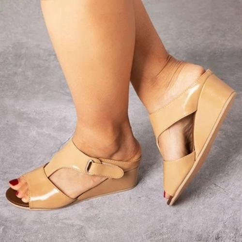 Buckle Peop Toe Wedge Sandals