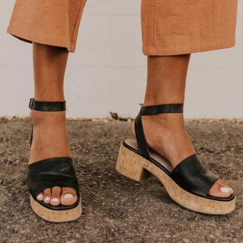 Pi Clue Leather Summer Sandals