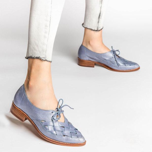 Women's low heel strap casual shoes