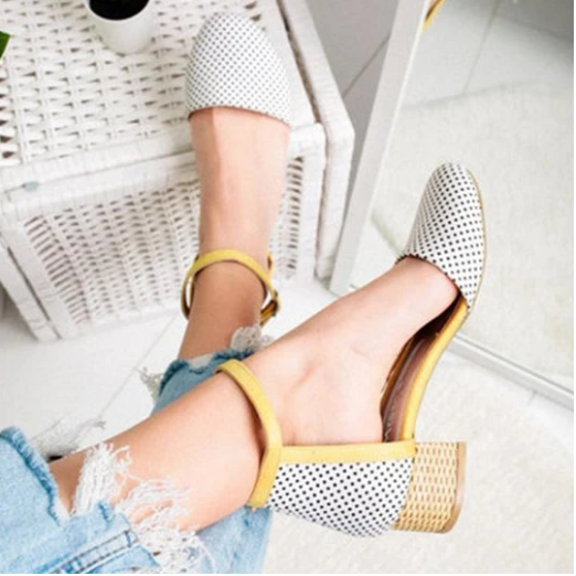 2020 New And Fashional Girly Sweet Color Block Hollow Ankle-Strap Sandals