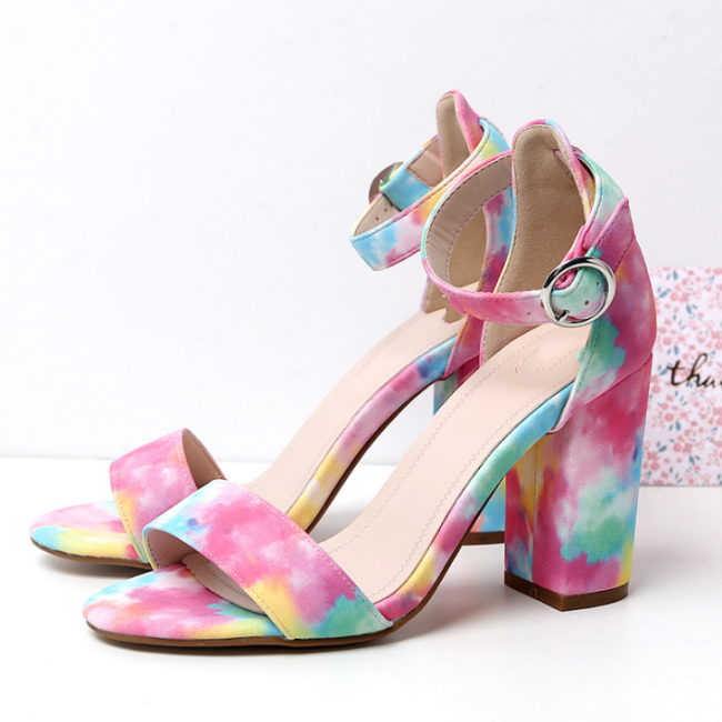 2020 New And Fashional Woman Rainbow Sandals