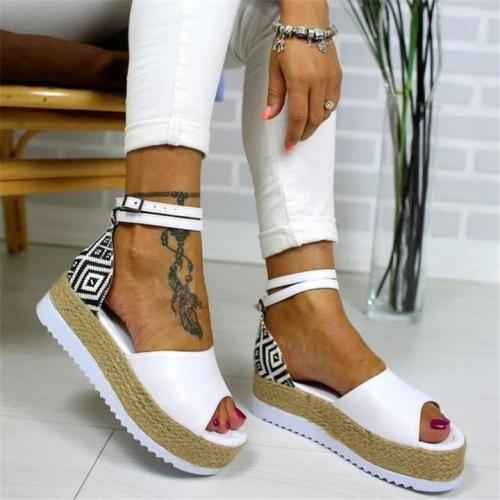 Women Elegant Fashion Thick Sole Adjustable Buckle Sandals