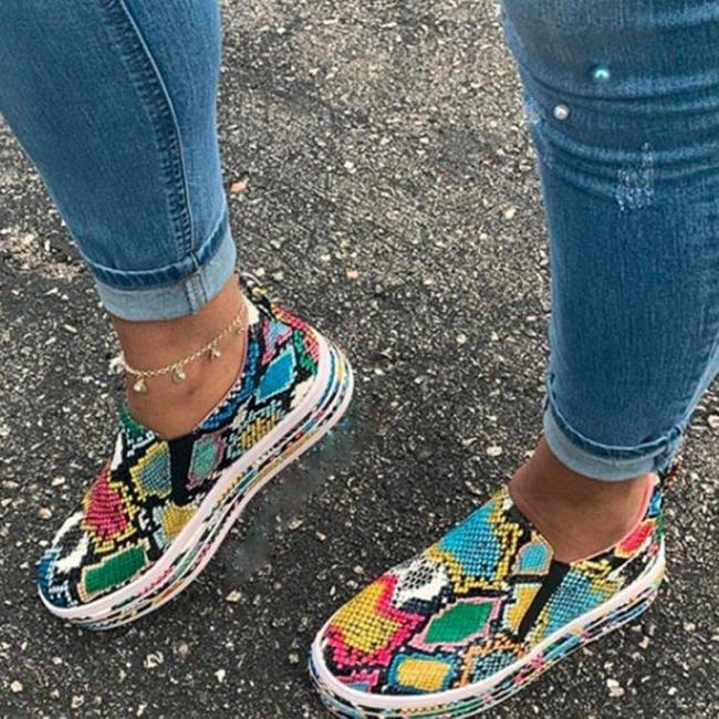 Women Fashion Daily Snakeskin Slip-on Shoes Round Toe Sneakers