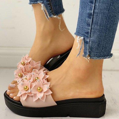 Beaded Flower Embellished Flat Sandals