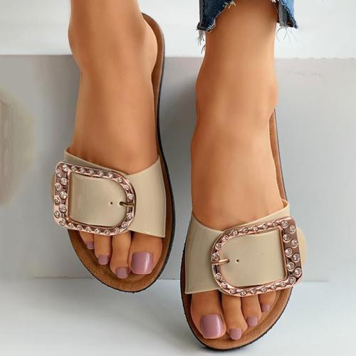 Studded D-buckle Design Flat Sandals