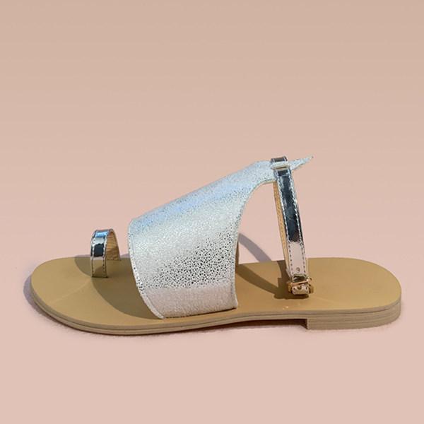 Women's flat casual sandals