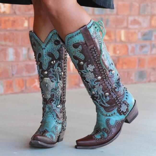 Women Low Heel Rivet Boots