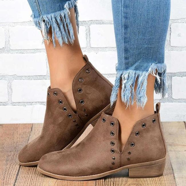 Women Retro Breathabel Metal Decor Slip On Ankle Boots