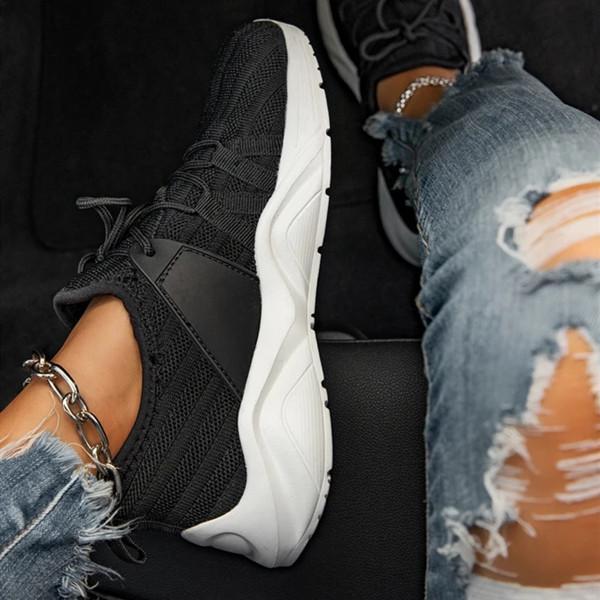 Flat Heel Daily All Season Sneakers