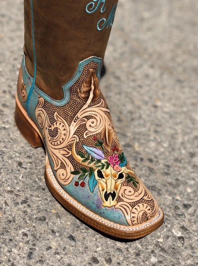 Women Cattle Handtooled Design Embroidery Leather Square Toe Thick Heel Cowgirl Boots