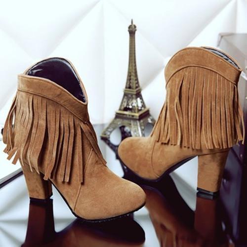 Chunky Heel Tassel Boots