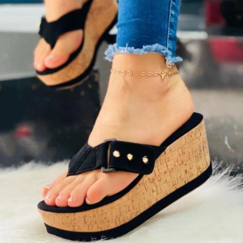 Women Casual Simple Pu Rivet Flip-flop Wedge Heel Sandals