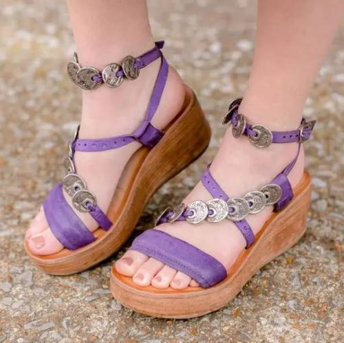 Women's Fashionable Retro Wedge With Coin Decoration Sandals