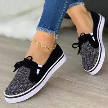 Women's ClosedToe Cloth Flat Heel Sneakers