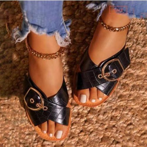 Women's Fashionable Decorative Buttons Flat Beach Slippers