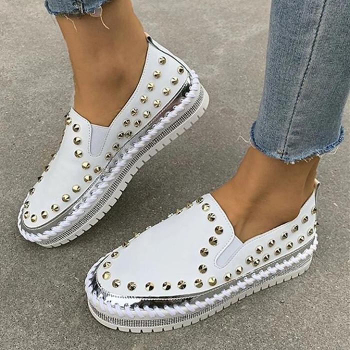 Large Size Stitching Fashion Rivet Decor Comfy Wearable Slip On Casual Platform Shoes