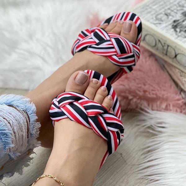 Women's Fashionable Monochromatic Flat Slippers