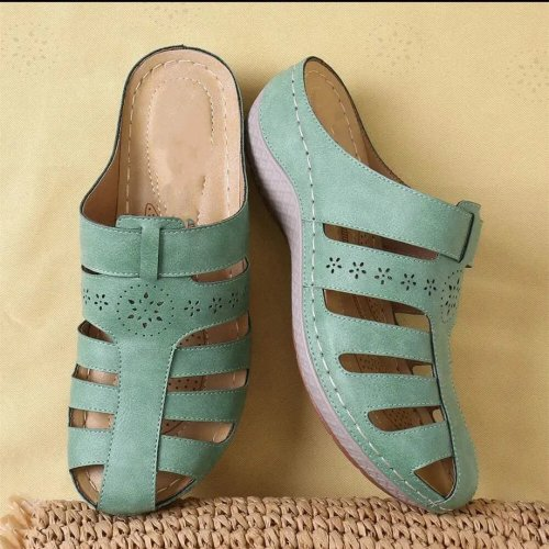 Women's Fashionable And Comfortable Embroidered Soft Slippers