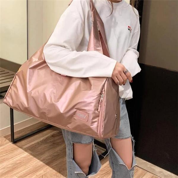 Fashion Waterproof Nylon Large Capacity Solid Women Handbags