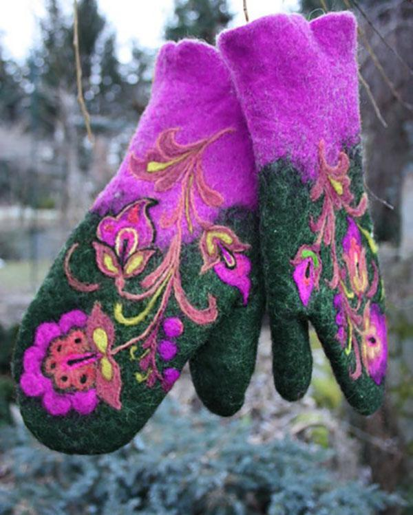 Going Out Embroidery Vintage Gloves