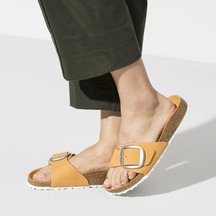 Women's Solid Color Comfortable Big Buckle Shoes