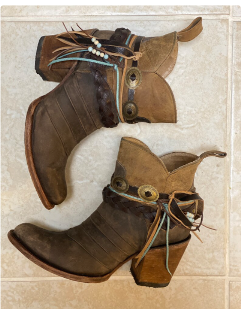 Womens Pointed Toe Booties