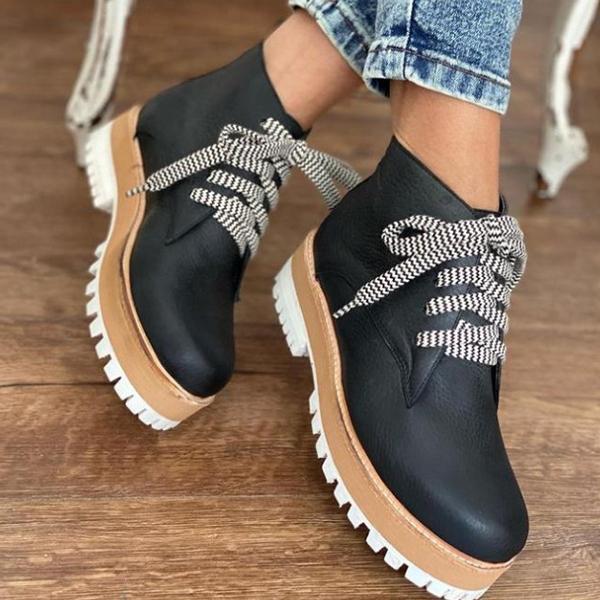 Women's Retro Faux Leather Flatform Sneakers