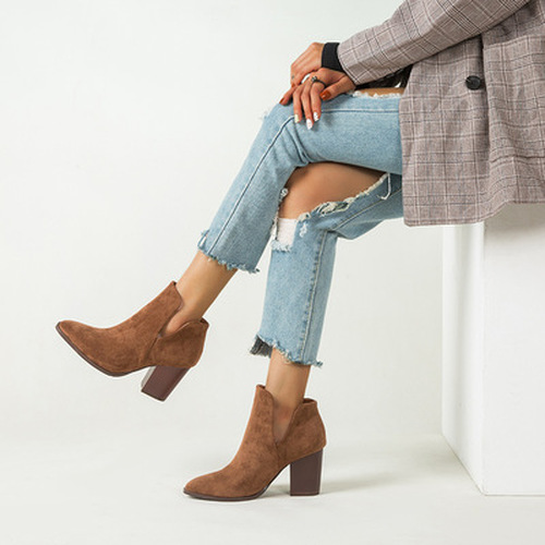Suede Pointed Toe Slim Boots