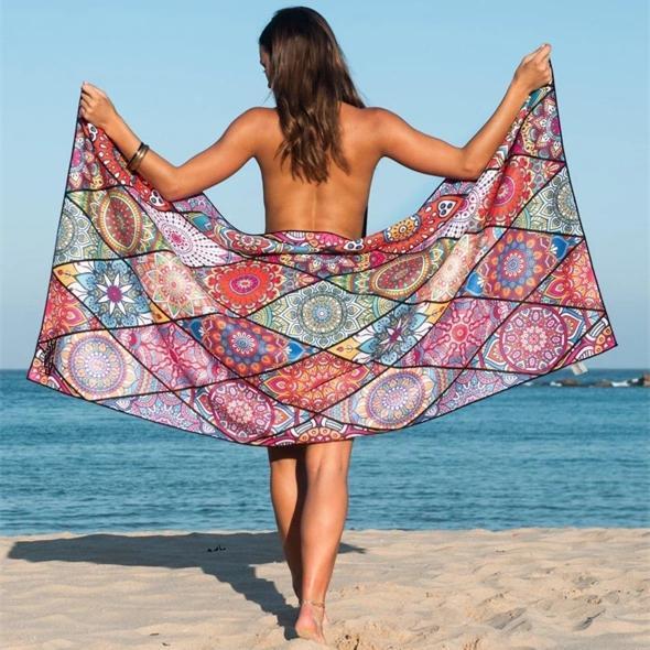 Quick-drying double-sided velvet beach towel