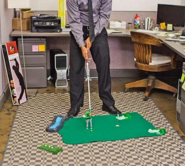 Indoor Mini Golf Game