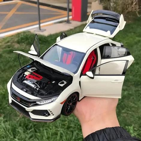 High-Quality Alloy Model Cars With Openable Doors, Light And Sound