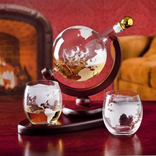 GLOBE DECANTER WITH SHIP