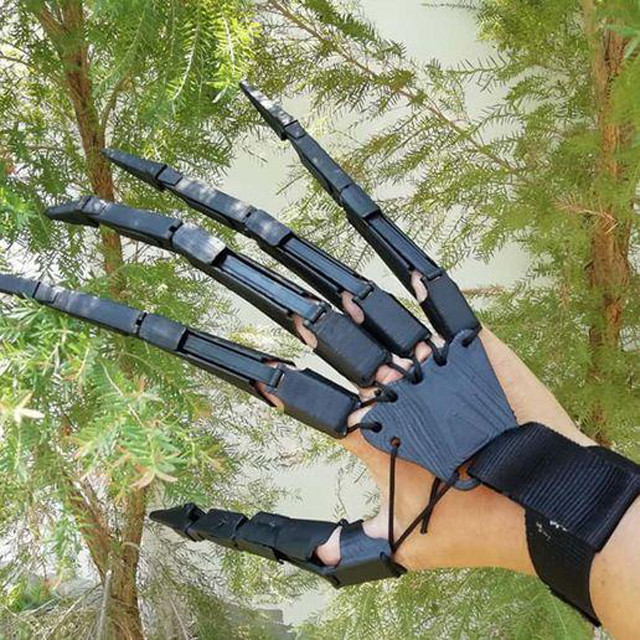 Articulated Fingers