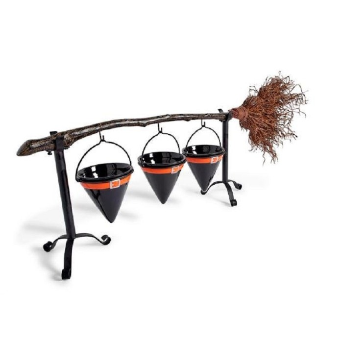 Broomstick Snack Bowl Stand