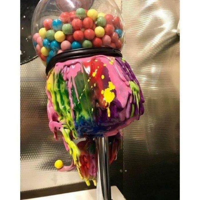 Cool Bubble Gum Machine